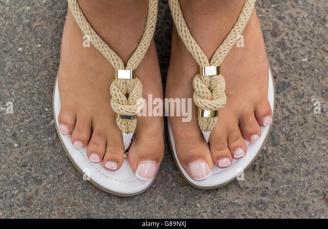 Innovative Home  Womens  Sandals  Heavenly Feet  Heavenly Feet