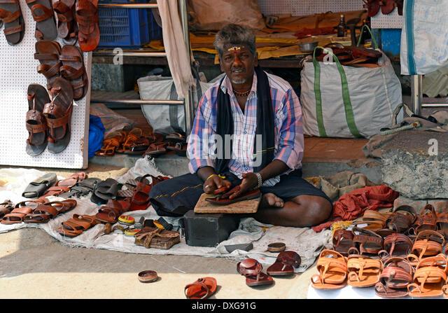 Ladies Shoe Salesman
