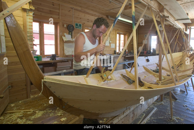 Traditional Construction lapstrake boat stock photos & lapstrake boat stock images - alamy