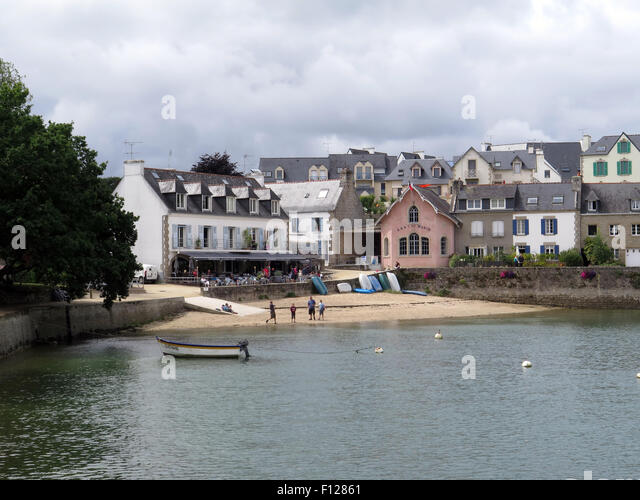 Waterside cafe stock photos waterside cafe stock images alamy - Cafe du port sainte marine ...