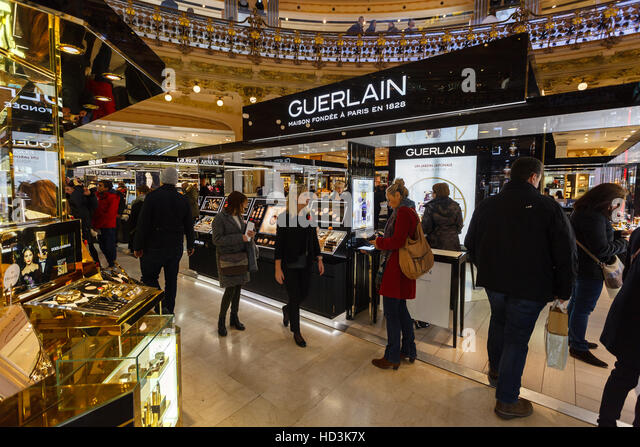 Guerlain stock photos guerlain stock images alamy for 526 salon st paul