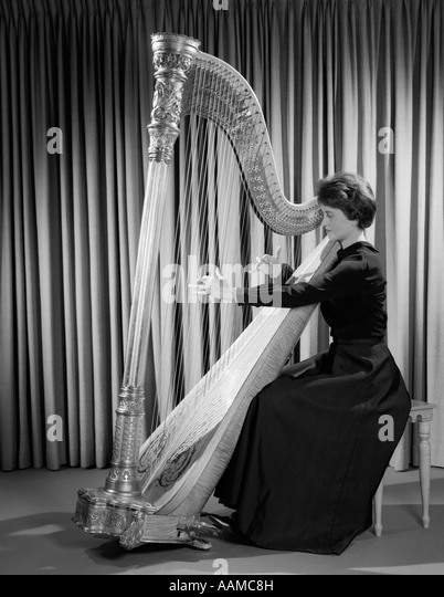 Female Harp Stock Photos & Female Harp Stock Images - Alamy