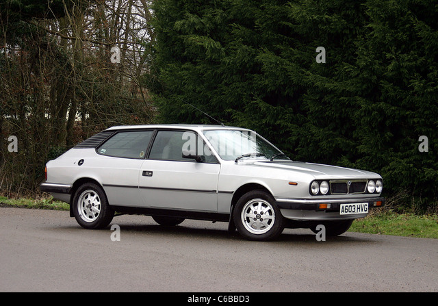 Peugeot 504 1977 also Mazda Rx 7 Safb 1978 as well Golf Mk12 H1102 besides Opel Rekord Caravan 1982 together with The Designers Of The Fiat 124 Spider Corvette And Ferrari Dna. on alfa romeo 1980
