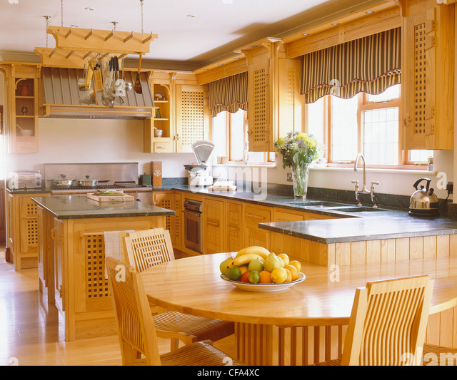 Fitted kitchens stock photos fitted kitchens stock for Wooden fitted kitchen