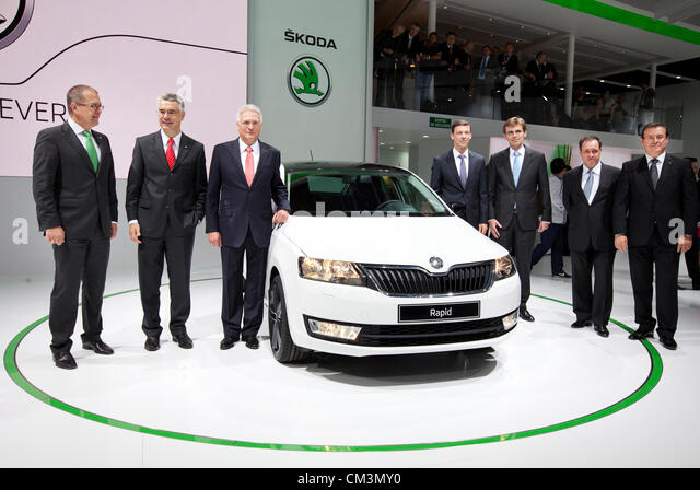 skoda auto board members winfried krause stock photos skoda auto board members winfried krause. Black Bedroom Furniture Sets. Home Design Ideas