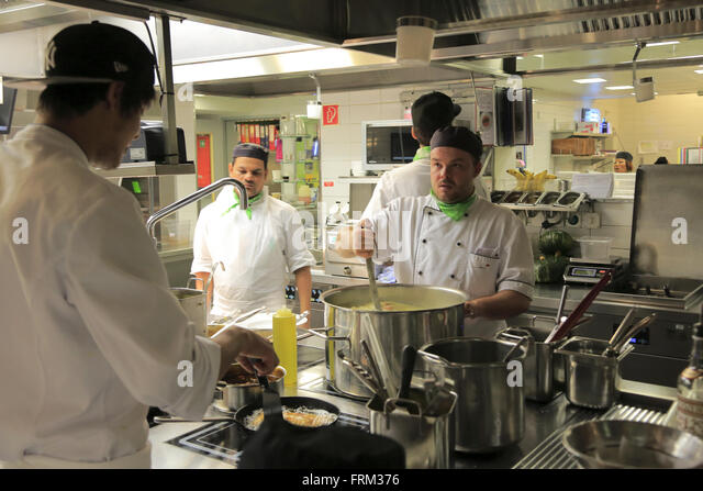 Restaurant Kitchen Staff restaurant workers kitchen stock photos & restaurant workers