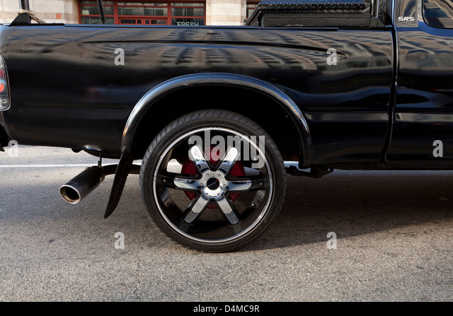 White Tire Paint >> Car Profile Stock Photos & Car Profile Stock Images - Alamy