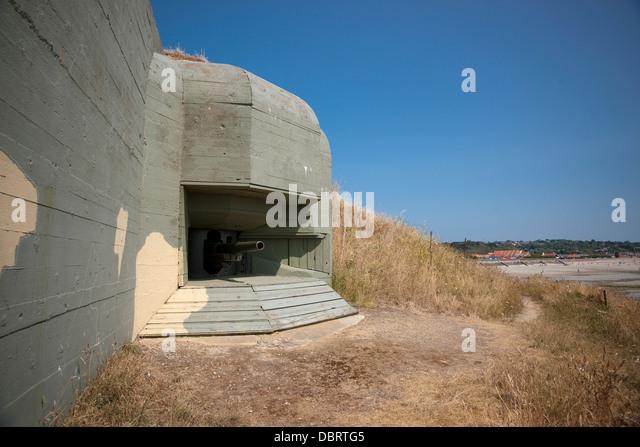 fort hommet 10 5 cm coastal defence gun casement bunker guernsey