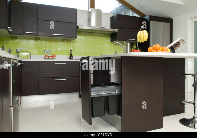 Central Island Unit In Contemporary Kitchen Horizontal Image Stock Photos Am