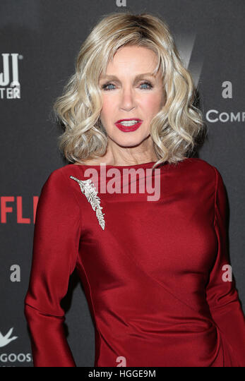 Donna Mills Stock Photos & Donna Mills Stock Images - Page 5 - Alamy