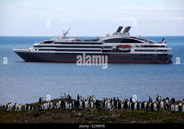 Cruise Ship Antarctica Penguin Stock Photos Cruise Ship - Antartica cruise ship