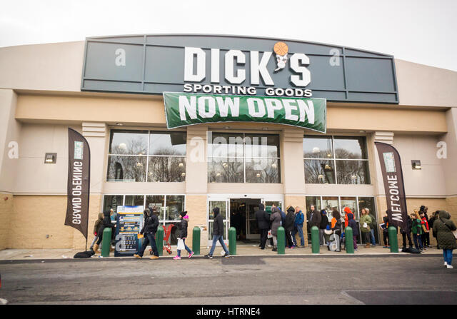 Dick 39 s sporting goods store stock photos dick 39 s sporting for Dicks sporting goods fishing