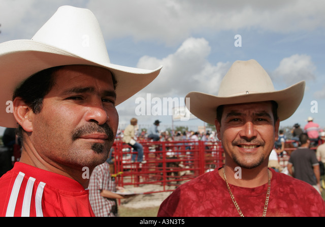 rodeo hispanic single men Rodeo singles - sign up if you want to try our simple online dating site, here you can meet, chat, flirt, or just date with women or men.