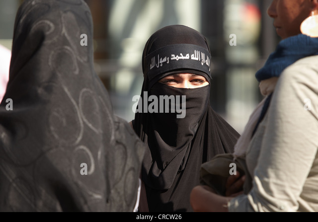 salafi women looking for marriage Home page of latin life mates, inc photos of some of the latest female registrants looking for you colombian women terms and conditions.