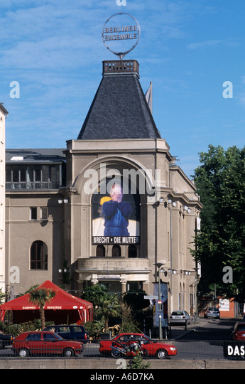 Berliner Ensemble Brecht