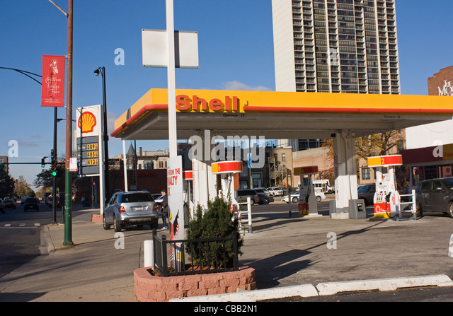 shell service station stock photos shell service station stock images alamy. Black Bedroom Furniture Sets. Home Design Ideas