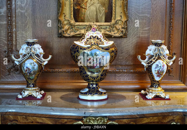 Sevres Vases Stock Photos Sevres Vases Stock Images Alamy
