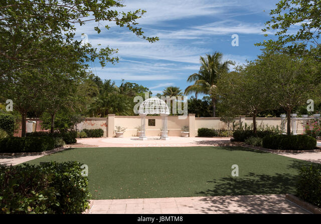 The Wedding Garden At Florida Botanical Gardens In Largo Florida USA. April  2017   Stock