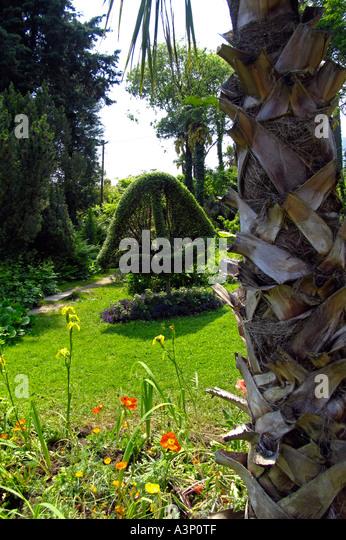 Heller garden stock photos heller garden stock images for Giardino 54 nyc