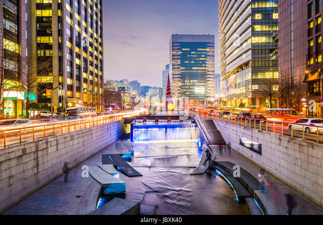 Seoul, South Korea cityscape at Cheonggye Stream. - Stock Image