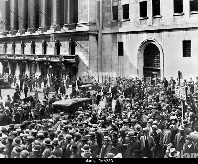 Wall Street Crash Stock Photos & Wall Street Crash Stock Images ...