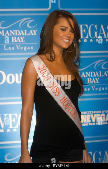 Michelle Nunes Nude Photos 38