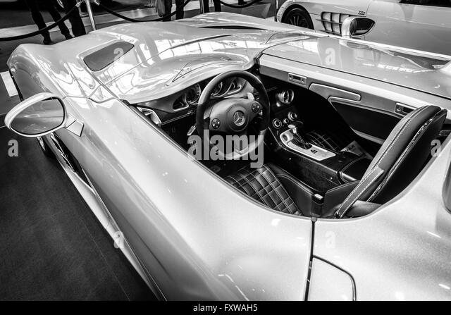 Super cab stock photos super cab stock images alamy for Moss motors used cars airport