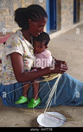 Traditional Basket Making : Baskets ethiopia stock photos