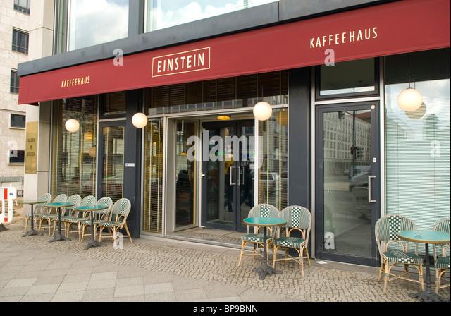 Coffee Shop Exterior Chairs Stock Photos & Coffee Shop ...