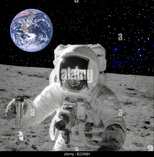 astronaut on moon earth background - photo #3