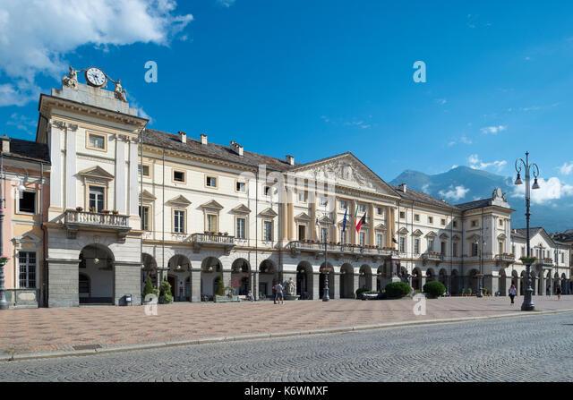 Hotel Foyer Aosta : Valle d aosta stock photos images