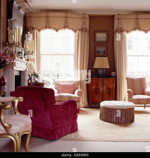 Spencer Hastings Bedroom Wallpaper Bedroom Upholstered Headboard Little Boy Bedroom Sets Bedroom Decor Neutral: Pelmets Stock Photos & Pelmets Stock Images
