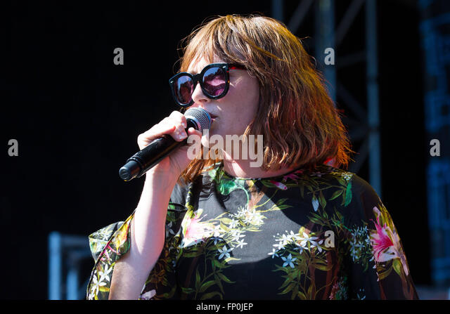 Louise redknapp celebrity juice show