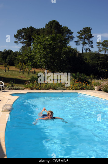 Gite family stock photos gite family stock images alamy - Outdoor swimming pools north west ...