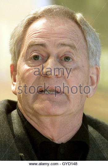 Hungarian director <b>Istvan Szabo</b> addresses a news conference to present his ... - hungarian-director-istvan-szabo-addresses-a-news-conference-to-present-gyd148
