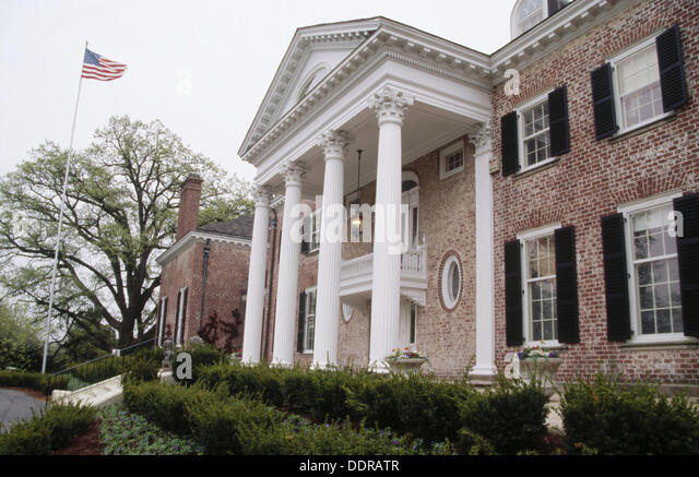 Foyer Museum Parking : Cantigny stock photos images alamy
