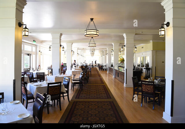 lake yellowstone hotel dining room. YELLOWSTONE NATIONAL PARK  WYOMING JUNE 25 21017 The Lake Hotel Dining Room Yellowstone Bus Stock Photos Images Alamy