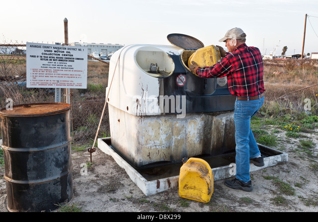 Motor oil stock photos motor oil stock images alamy for How to recycle used motor oil