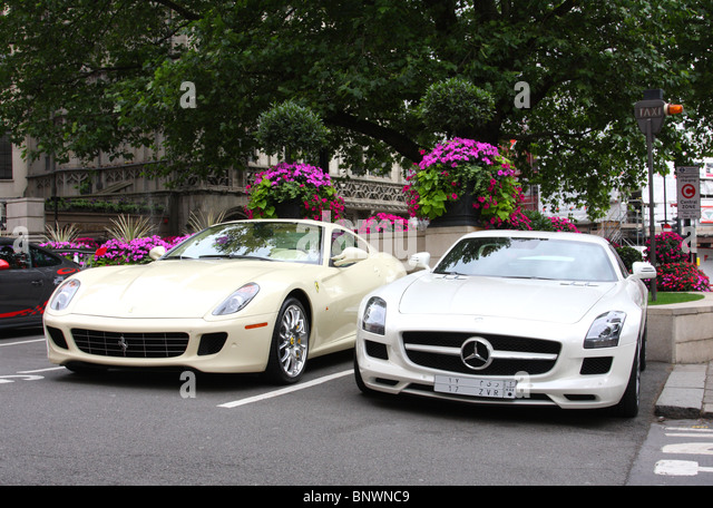 Luxury Cars Parked Stock Photos Amp Luxury Cars Parked Stock Images Alamy