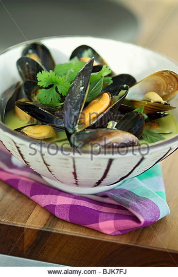 Mussels In White Wine Stock Photos & Mussels In White Wine ...