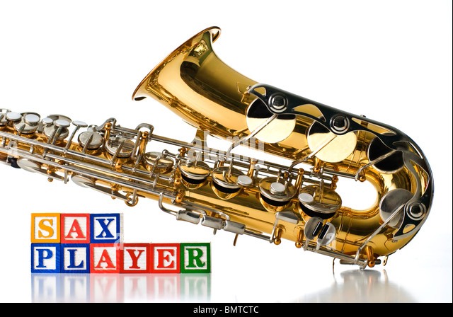 how to play d on the alto sax