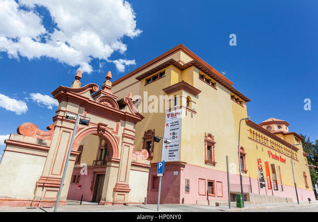 Lliure stock photos lliure stock images alamy for Cinema montjuic 2016