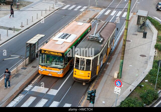 tram-and-bus-milan-lombardy-italy-hmc7ch