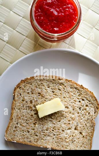 how to prepare rye grain jars