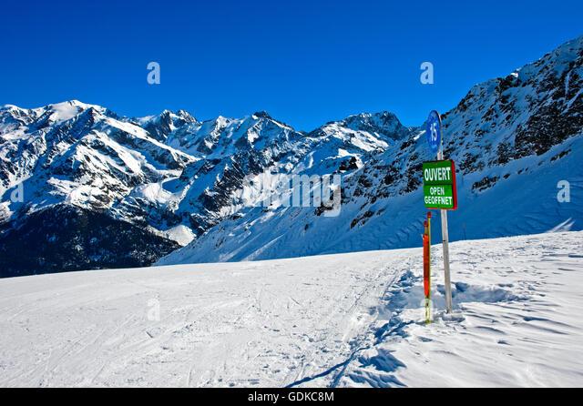 French Alps Ski Resorts Postpone Start Of Season Due To Lack