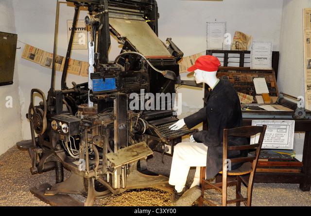 Et engine stock photos et engine stock images alamy for Garage peugeot luneville