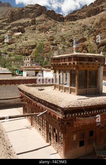 India Jammu u0026 Kashmir Ladakh Hemis Gompa Monastery glazed lantern roof of & Wood Roof India Stock Photos u0026 Wood Roof India Stock Images - Alamy memphite.com