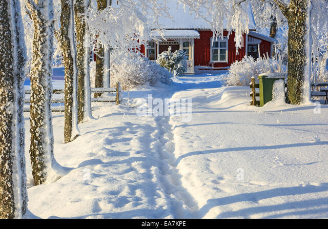 Garden Cottage Winter Stock Photos Garden Cottage Winter