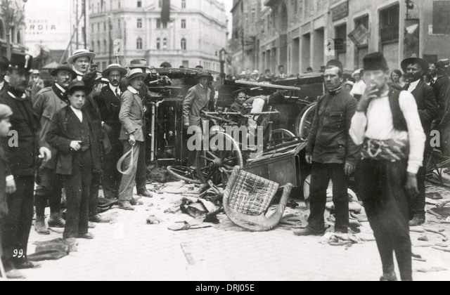 sarajevo assassination What exactly happened in sarajevo on 28 june, 1914  wife sophie, duchess  of honenberg, were assassinated by the yugoslav nationalist gavrilo princip.