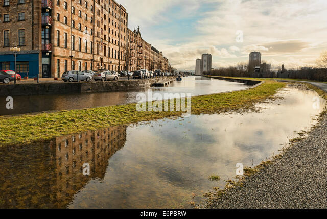 Speirs Wharf Glasgow Canal Stock Photos & Speirs Wharf ...: http://www.alamy.com/stock-photo/speirs-wharf-glasgow-canal.html